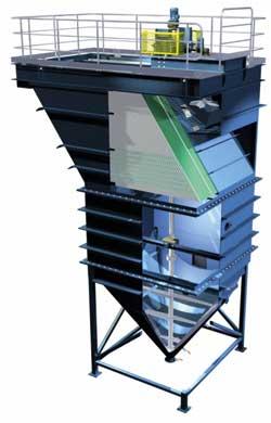 Metso Minerals ha diseñado su sedimentador de placas inclinadas para minimizar el tamaño y el costo de los equipos de sedimentación gravitacional.