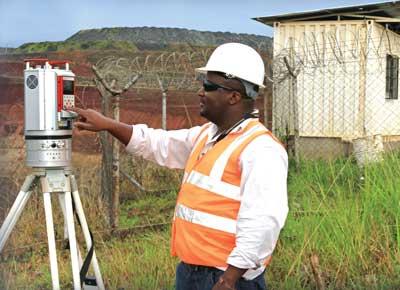Un escáner láser Reigl en uso en la mina Geita de AngloGold Ashanti en Tanzania. (Fotografía cortesía de 3D Laser Mapping).