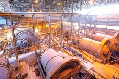 75.000 toneladas diarias de mineral son enviadas para su proceso a las plantas concentradoras de mina Candelaria.