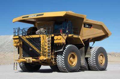 Constructores de Camiones Apoyan los Esfuerzos de Mejoramiento de la Flota con Nueva Tecnología