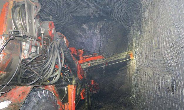 Mejorando El Soporte De Suelos En Minas Más Profundas